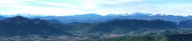 pyrenees skyline