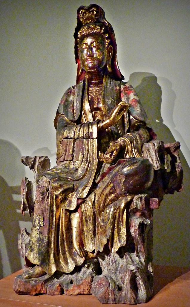 statuette of bodhisattva, Paris